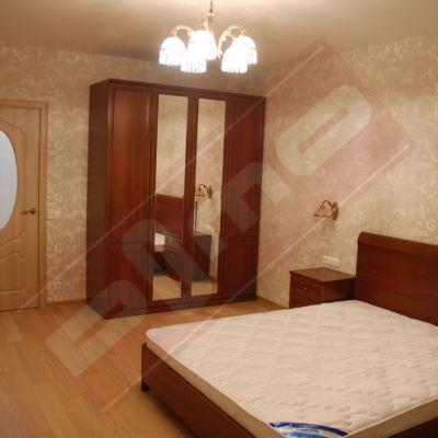 Адрес: Большевиков пр.